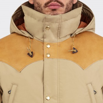 Down Mountain Parka : Beige